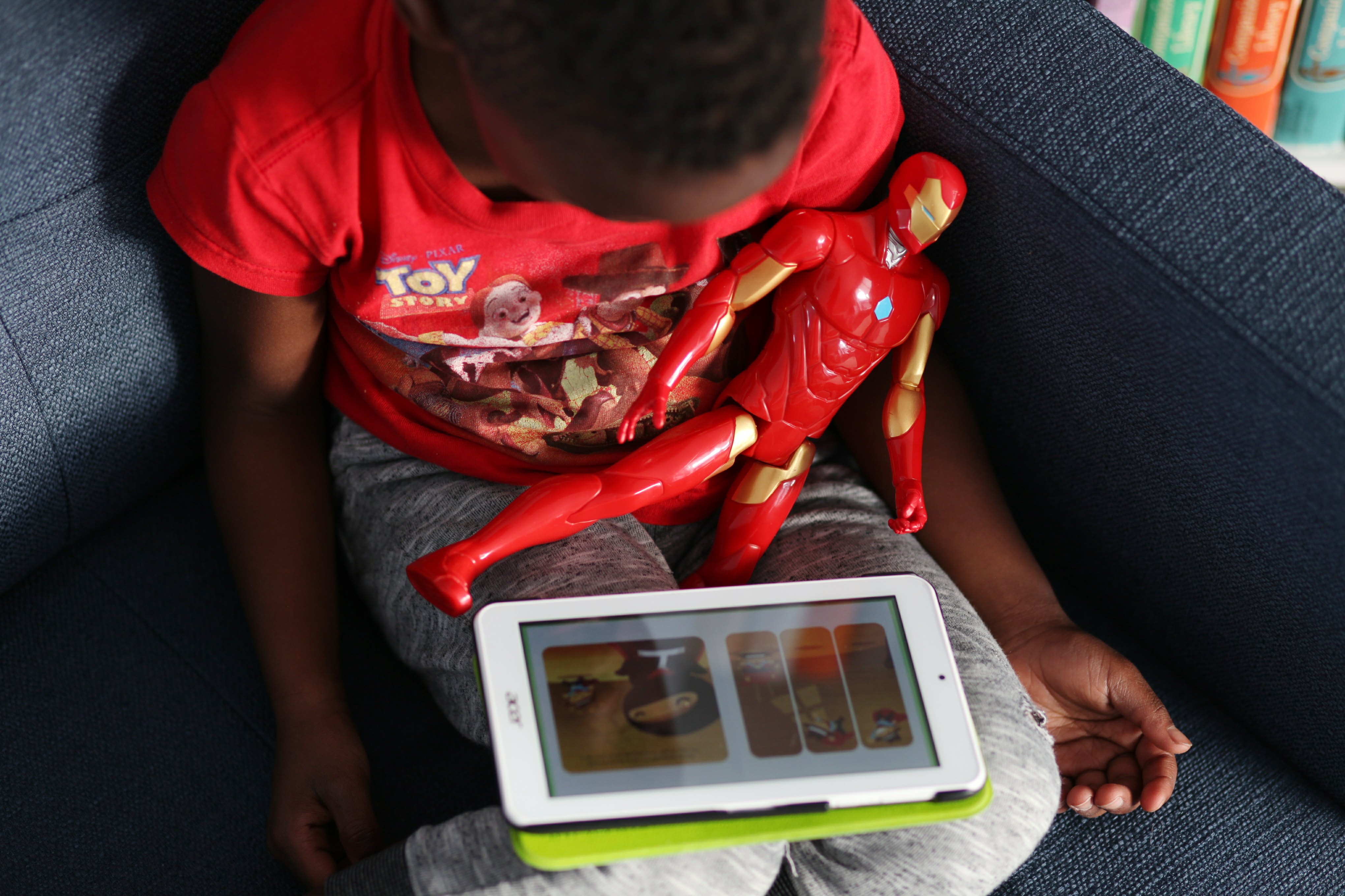 Using Digital Books in Our Homeschool - Plus while we are travelling!