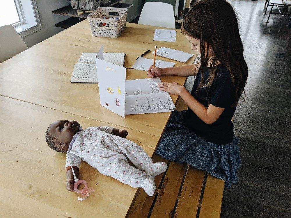 Free Creative Writing Story Prompts - fun prompts for creative writing for elementary and middle grades
