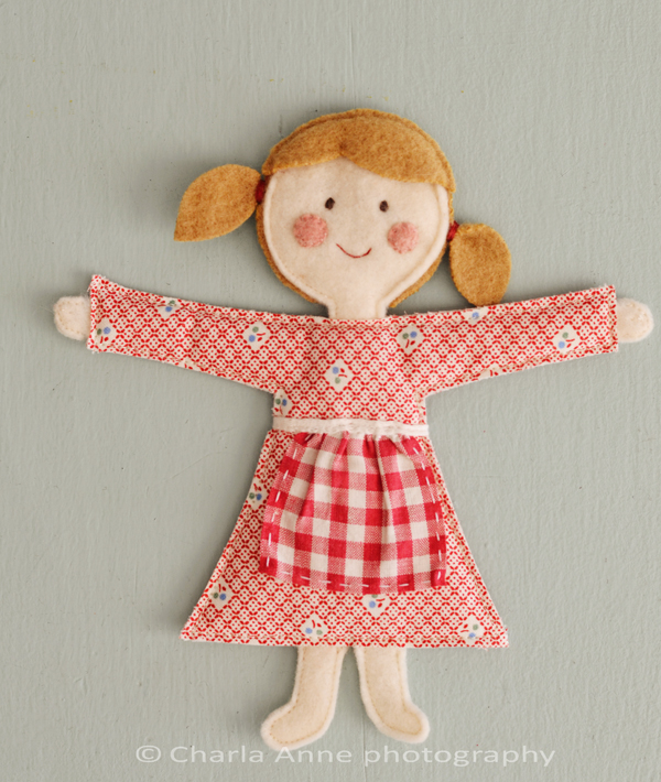 Sweet Felt Doll - free pattern